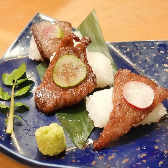 舌焼・牛鍋 肉割烹 牛弁慶 新橋本店